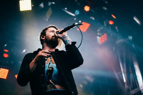 "Beartooth are raising money for charity with their new ""Stay at Home"" merch bundles"