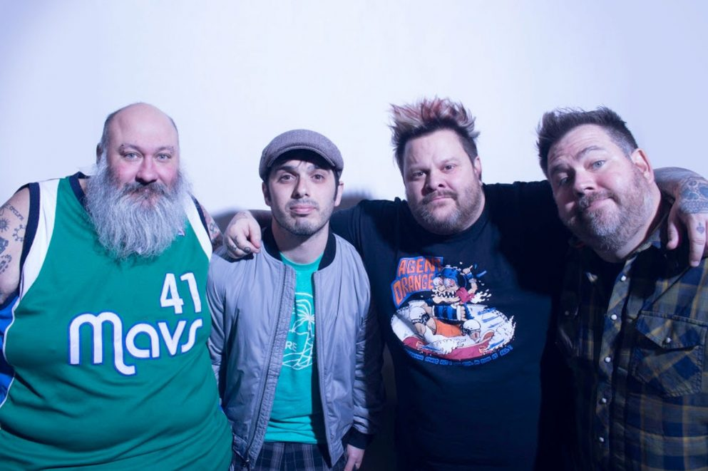 Bowling For Soup and Simple Plan are gonna tour the UK together in February