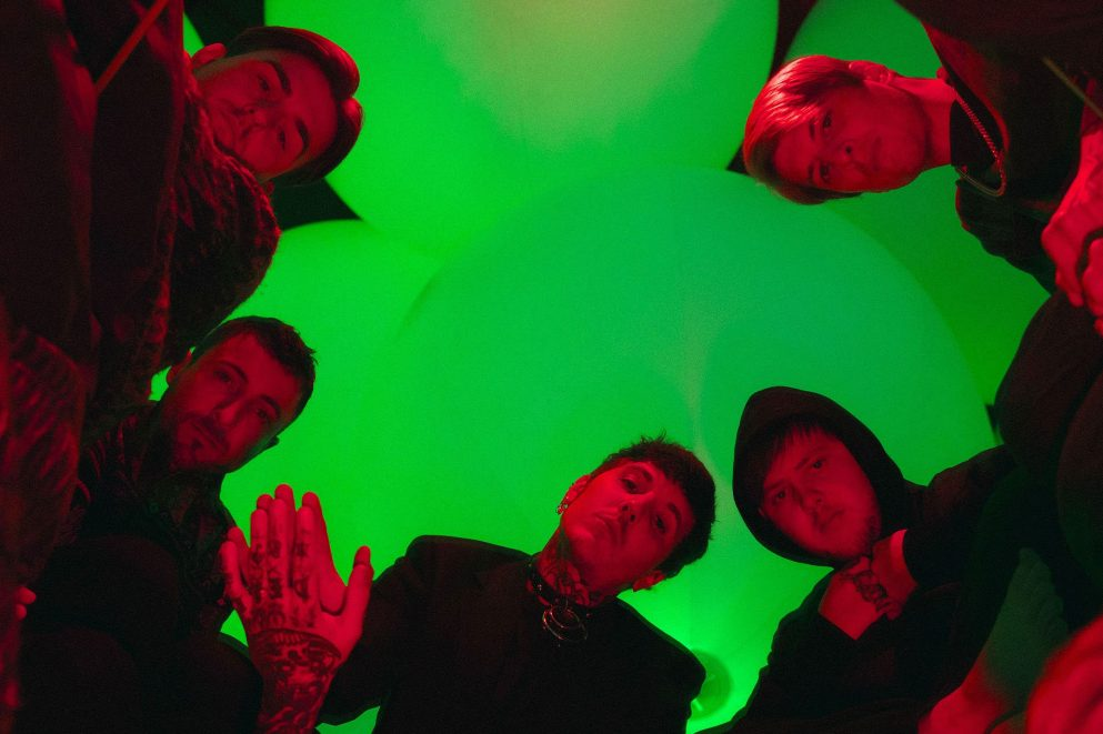 Bring Me The Horizon have unleashed their new single 'Teardrops'