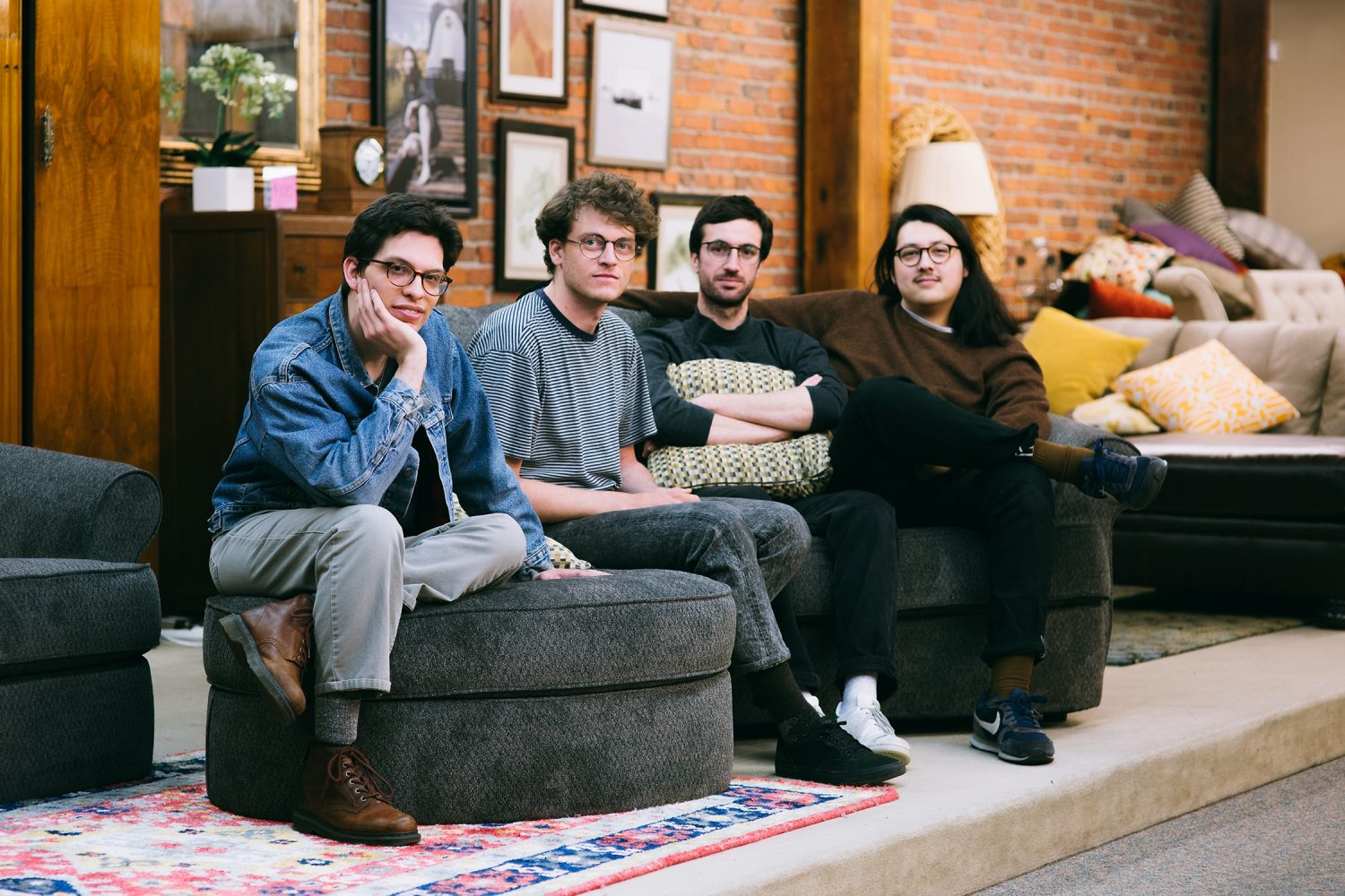 Seattle's Versing have dropped a brand new track, 'Offering'