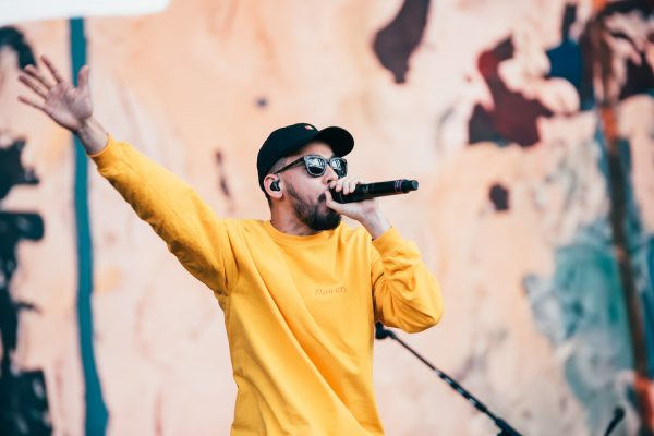 Check out Mike Shinoda's new video for 'Make It Up As I Go', feat. K.Flay