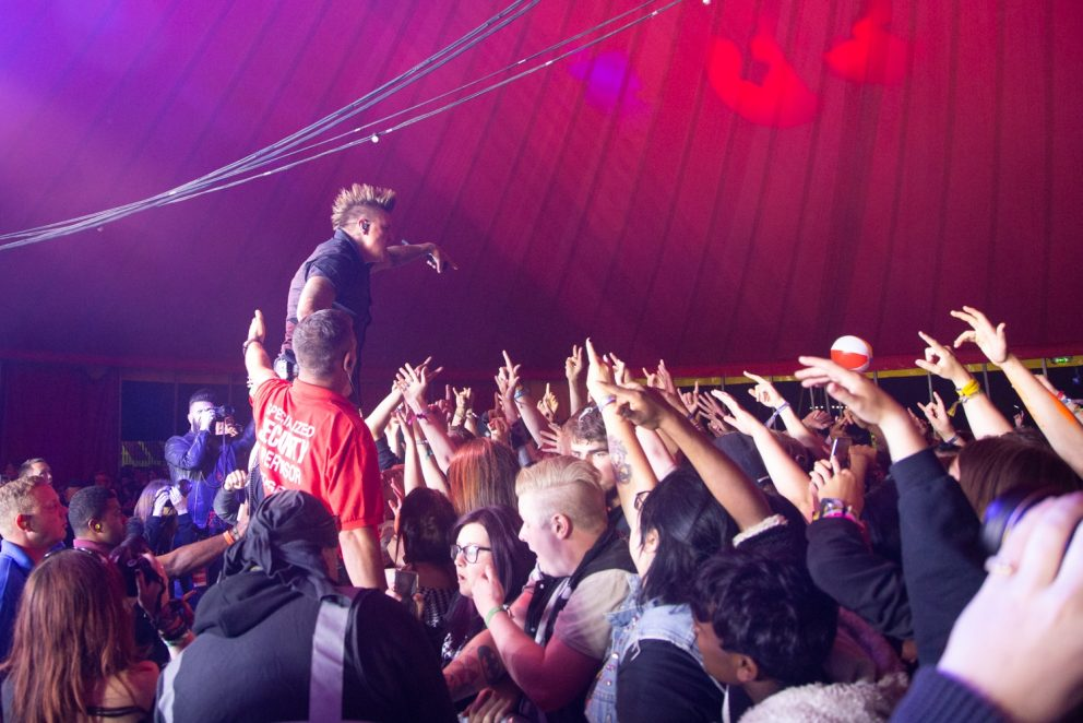 Papa Roach pound out relentless metal and ear-splitting vocals headlining The Pit at Reading