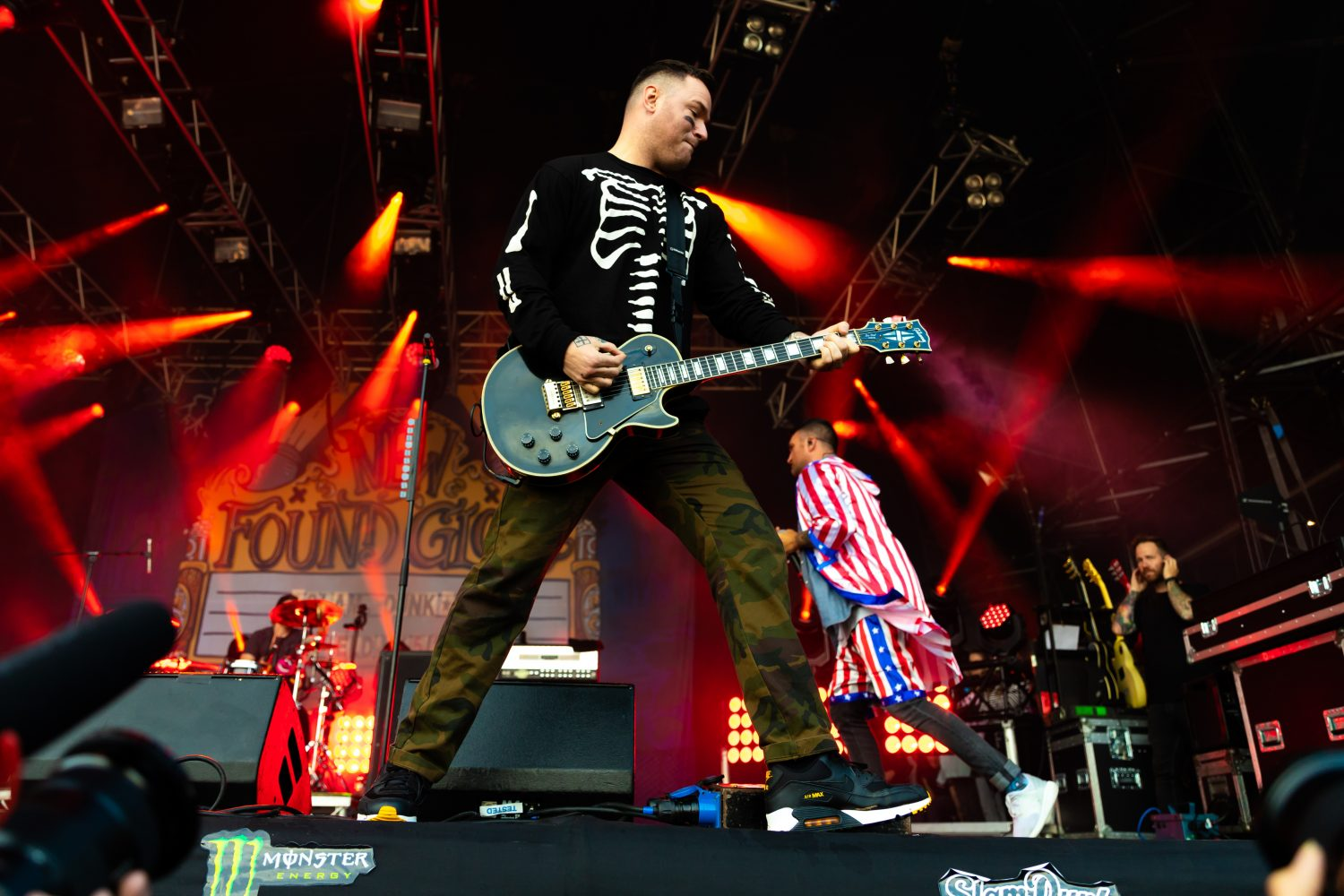 New Found Glory at Slam Dunk looked more or less exactly like this