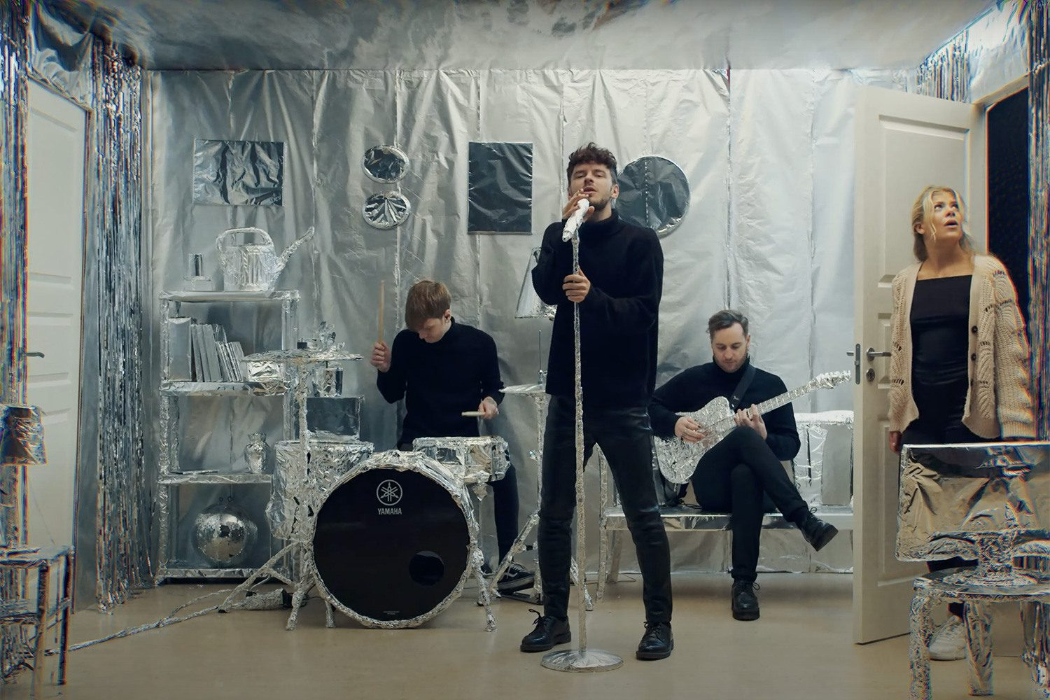 If your local supermarket is out of tinfoil, Normandie's new video for 'Babylon' might be why