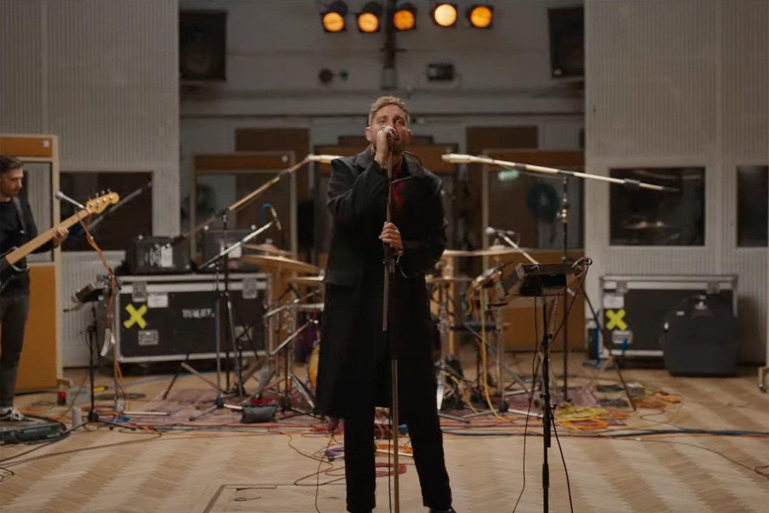 You Me At Six have collaborated with a 30-piece orchestra for a new live version of 'Glasgow'