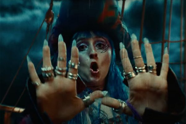 Ashnikko dons a piratey get-up in her new video for 'Deal With It (Feat. Kelis)'