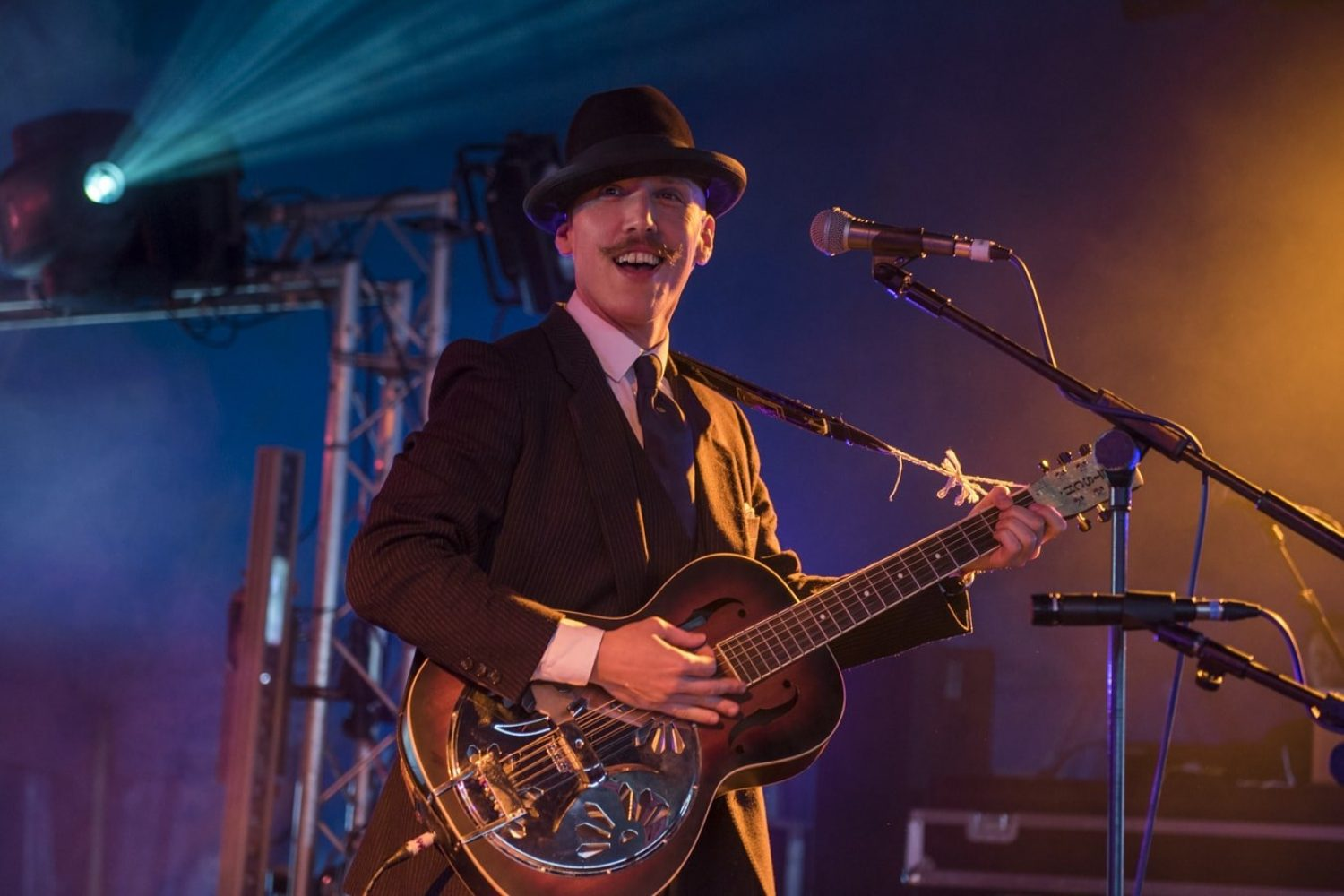 Check out Jamie Lenman's new single, 'Mississippi'