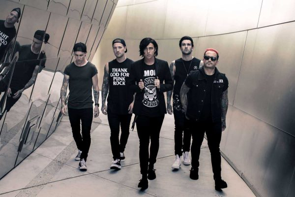 Sleeping With Sirens are supporting Good Charlotte on their 2019 European / UK tour