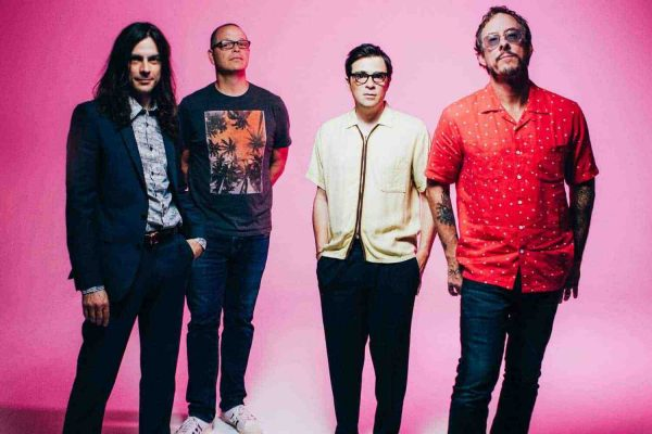 Check out Weezer's Riot Fest cover of Blink-182's 'All The Small Things'