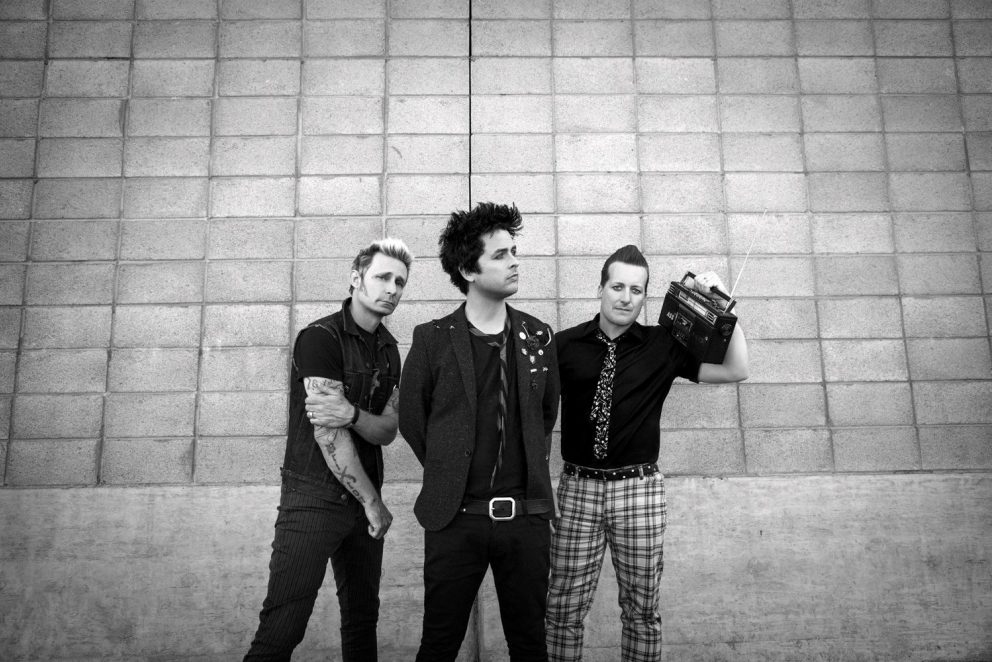Green Day are celebrating Christmas with a new video for 'Youngblood'